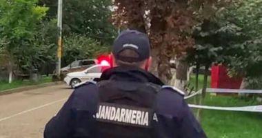 Pericol de explozie într-o secție de poliție din Neamț, după ce un bărbat a venit să predea un proiectil într-o sacoșă
