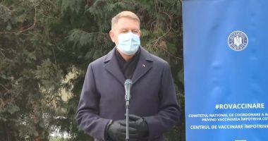 """Klaus Iohannis: """"Tot mai mulți oameni vor să se vaccineze. Sperăm ca la vară să terminăm pademia"""""""