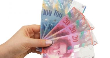 Francul e mai slab cu 0,21% în confruntarea cu leul