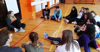 Liceenii au luat lecții despre viața de voluntar