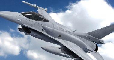 Două aeronave F-16 Fighting Falcon din cinsi, au sosit în România