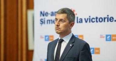 Coaliţia de guvernare merge mai departe. Vlad Voiculescu va continua la Ministerul Sănătăţii