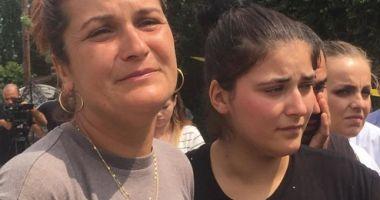 Familia Luizei Melencu, protest în fața sediului DIICOT