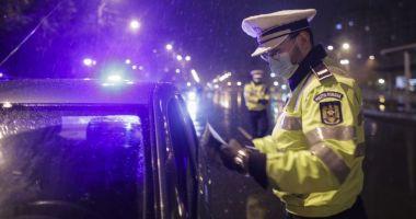 Digi24: Guvernul ia în calcul înăsprirea restricțiilor. Limitarea circulației noaptea, cu o oră mai devreme