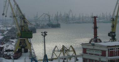 Navigația în porturile maritime a fost suspendată