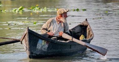 Pescarii comerciali din Deltă vor putea captura legal mai mult pește