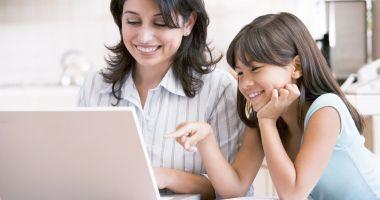 Platformă online de educaţie financiară pentru elevi