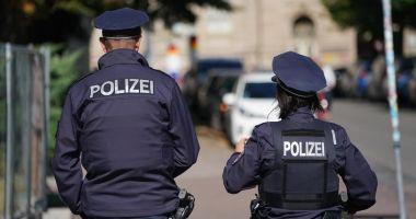 Caz șocant în Germania. Copii găsiți înfometaţi într-un camion românesc