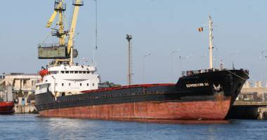77 nave și-au anunțat sosirea în porturile maritime românești