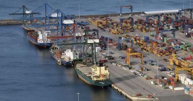 Potop de investiții în portul Constanța, în 2020