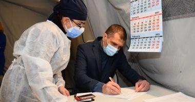 Prefectul Constanţei, Silviu Coşa, vaccinat împotriva COVID-19