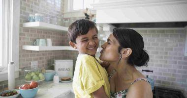 Prima serie de viitori asistenţi maternali din acest an, la cursuri