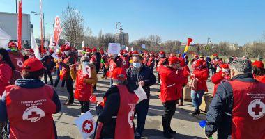 Sindicatul Sanitas iese în stradă alături de angajaţii de la Protecția Copilului