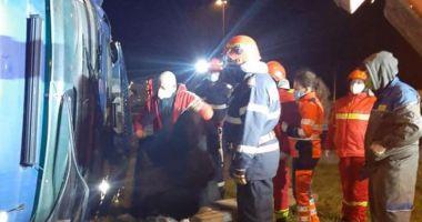 Accident grav pe A1: Un șofer de TIR a murit strivit în cabină