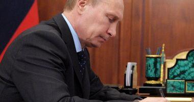 Putin a promulgat legea care extinde statutul de agent străin la persoane fizice