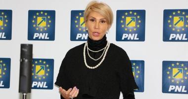 Raluca Turcan: Intenționăm să depunem moțiunea  de cenzură, vineri