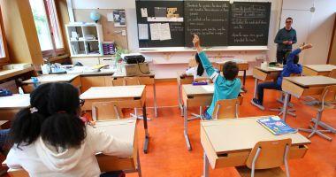 Consiliul Național al Elevilor salută decizia privind modul în care vor avea loc cursurile