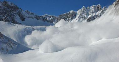 Grijă mare dacă sunteți în vacanță la munte! Atenționare de pericol ridicat de avalanșă