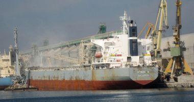 Șantierul Naval Constanța se sufocă sub norii de pleavă ridicați de United Shipping Agency (I)