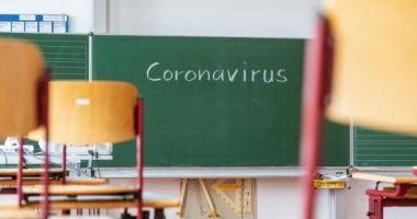 Ludovic Orban: Nu văd un motiv foarte serios ca să schimbăm sistemul de desfăşurare a cursurilor