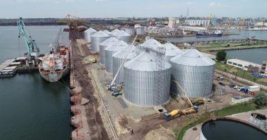 Silozurile de cereale duc greul  traficului de mărfuri din portul Constanța