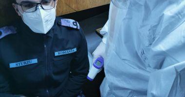 """Exerciţiu pe mare. Simularea unui caz de infectare cu coronavirus, la bordul dragorului maritim """"Locotenent Lupu Dinescu"""", aflat în misiune NATO"""
