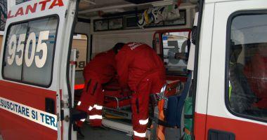 Ambulanța Constanța, solicitată în cazul unei femei peste care a căzut o scară