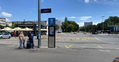 CT BUS. Staţia din faţa Gării Constanţa a liniei 100M şi a autobuzelor etajate se mută temporar