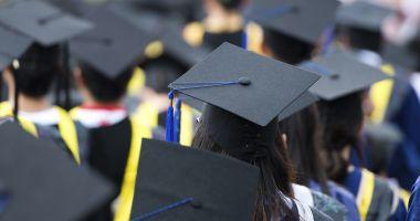 Decizie fără precedent a Universității din București. 45 de studenți de la Facultatea de Drept au fost exmatriculați