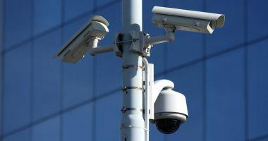 Amendă pentru GDPR: o firmă folosea camere de supraveghere fără informarea angajaților