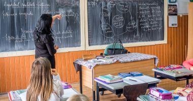 Foto - Ce profesori se vor ocupa, din toamnă, de ascensiunea spre excelență a elevilor constănțeni