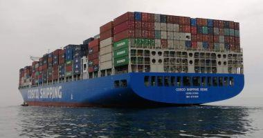 34 de nave sub operare, în porturile maritime