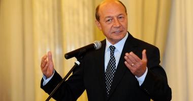 Băsescu, supărat că președintele  și premierul sunt în același timp în concediu