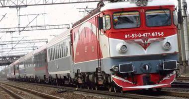 Defecțiune pe linia CFR Constanța - București. Trenurile înregistrează întârzieri