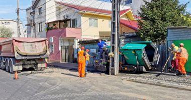 Lucrări la trotuarele din Constanţa