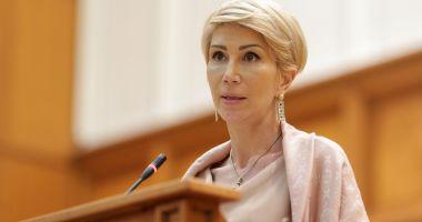 Vicepremierul Raluca Turcan: Un scenariu ar fi repetarea anului școlar