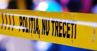 Un cadavru carbonizat al unei femei a fost găsit pe un câmp din Giurgiu