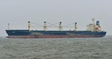 Un paznic înarmat a preluat controlul navei pe care trebuia să o apere de pirați