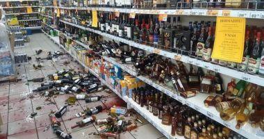 Supermarket devastat de un angajat care a aflat că va fi concediat în plină carantină