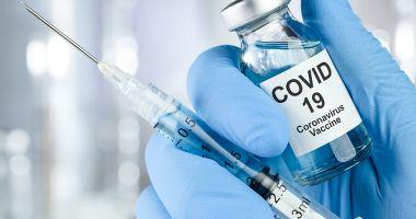 Cadrele medicale vor primi a doua doză de vaccin începând de mâine