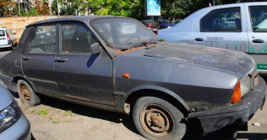 Vehiculele părăsite pe străzile Constanţei, ridicate de primărie