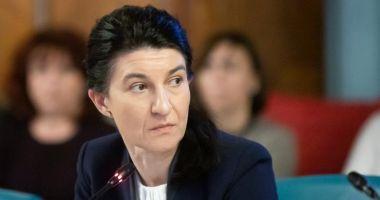 """Violeta Alexandru: """"Firea să îi retragă sprijinul politic lui Bădulescu"""""""