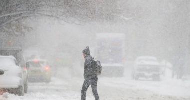 PROGNOZA METEO LUNARĂ: Ninsori abundente până în februarie în toată țara