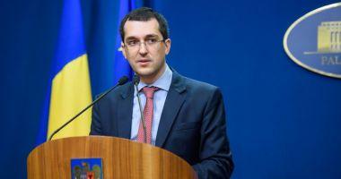 """Reacţia lui Vlad Voiculescu după ce a făcut declaraţii în acelaşi timp cu premierul Cîţu: """"Şi noi ce să facem?"""""""