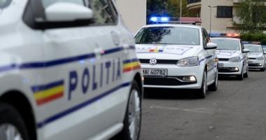 INCIDENT GRAV vineri seară: Adolescentă amenințată cu cuțitul de o femeie. Apel disperat la 112