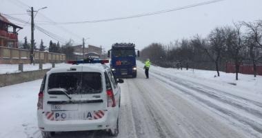 VISCOL LA CONSTANȚA / Se circulă cu restricție de tonaj pe drumurile din județ