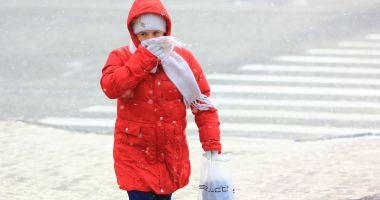 Lapoviţă şi ninsoare, luni şi marţi, la Constanţa
