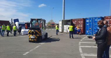 GALERIE FOTO / Ministrul Mediului, în Portul Constanța, la containerele cu deșeuri