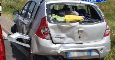 GALERIE FOTO / ACCIDENT GRAV provocat de un năvodărean. Trei MAȘINI DISTRUSE, un bărbat și un copil au ajuns la spital!