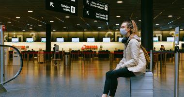 Aeroporturile nu trebuie să ceară călătorilor adeverințe de vaccinare împotriva Covid-19